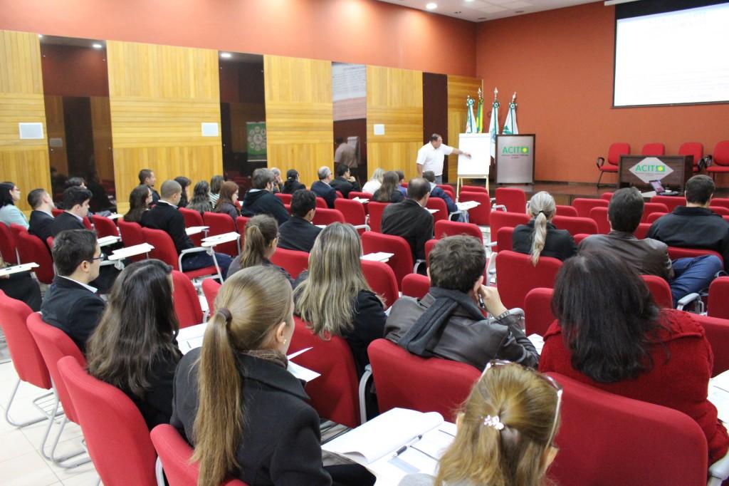 Escrituração Contábil Fiscal foi tema de curso em Toledo