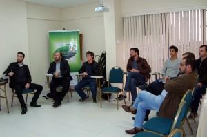 Grupo de Estudos em Arapongas discute segurança de dados