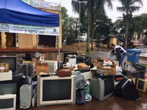 SESCAP-PR realiza campanha E-Lixo em Sabáudia