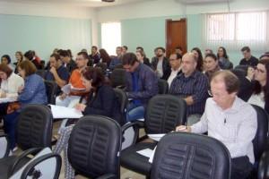 Curso atualiza profissionais de Arapongas e região sobre ECD e ECF