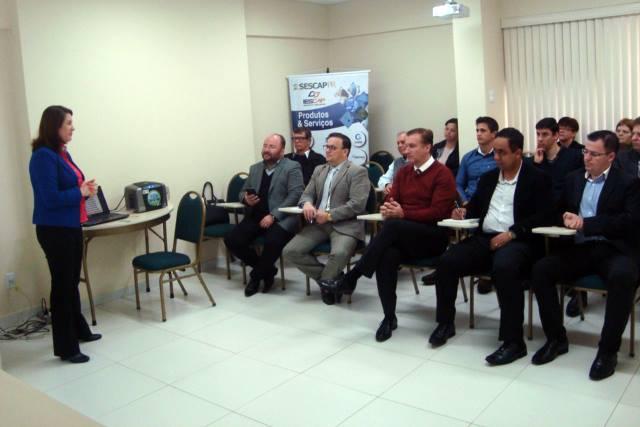 Grupo de Estudos em Arapongas discute programa Nota Paraná
