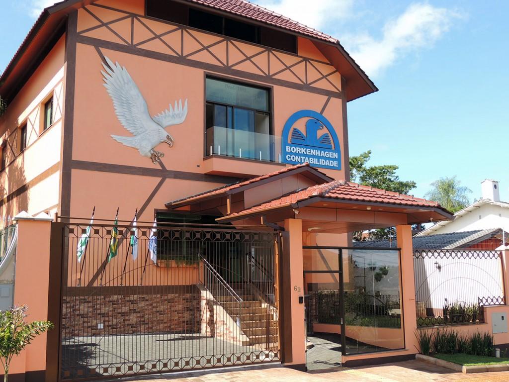 Borkenhagen inaugura sede em Foz do Iguaçu