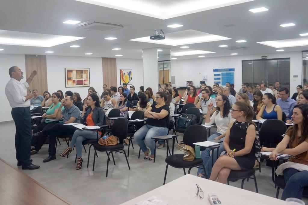 Curso sobre reforma trabalhista atualiza mais de 300 profissionais