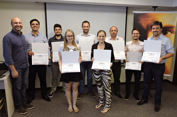 FORCEC: novos consultores recebem certificados em Pato Branco
