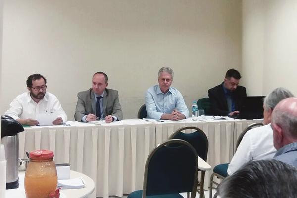 Empresários de Foz do Iguaçu vão acionar o município contra mudança no ISS
