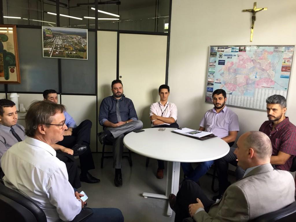 Empresários de Cascavel pedem revogação de decreto que alterou a cobrança do ISS