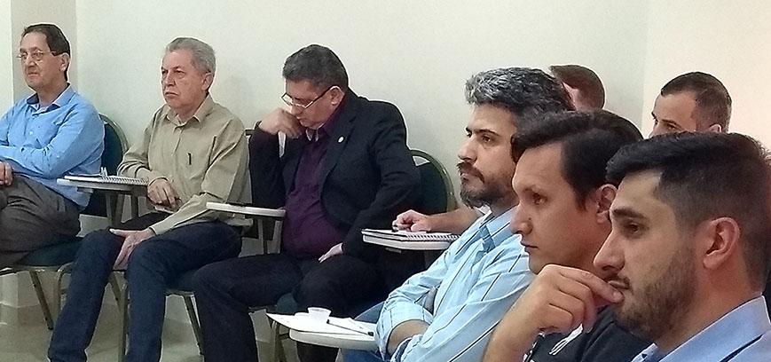Grupo de Estudos se reúne em Cascavel