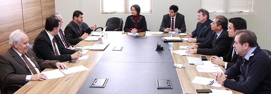 OAB Paraná sedia reunião de troca de gestão do Comitê de Olho na Transparência