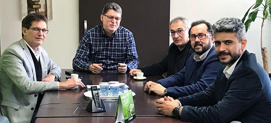 Diretores do SESCAP-PR visitam a Federação dos Contabilistas do Paraná