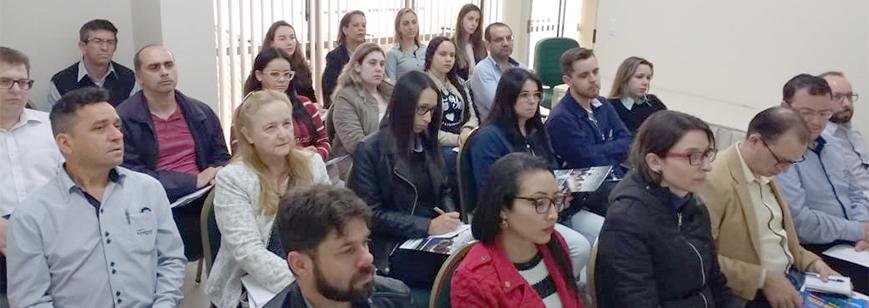 Grupo de Estudos discute o eSocial em Arapongas
