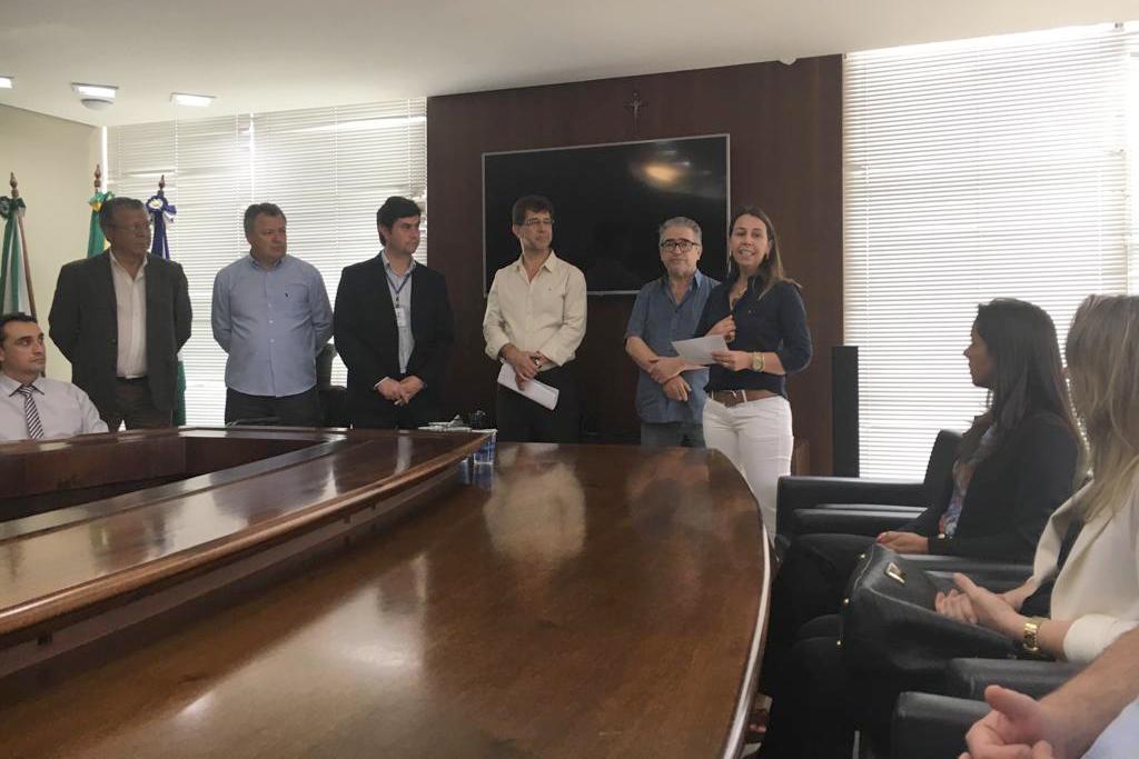 SESCAP-PR participa de lançamento do Sistema de Taxas de Expediente on-line em Guarapuava