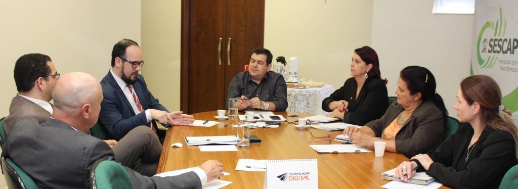 Câmara de Peritos do SESCAP-PR reúne-se em Curitiba e planeja ações