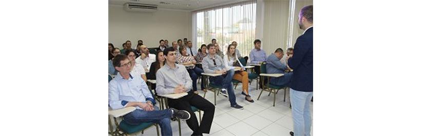 SESCAP-PR comemora 30 anos com palestra em Toledo