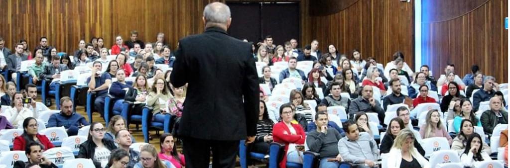 Diretor do SESCAP-PR participa de palestra sobre o e-Social