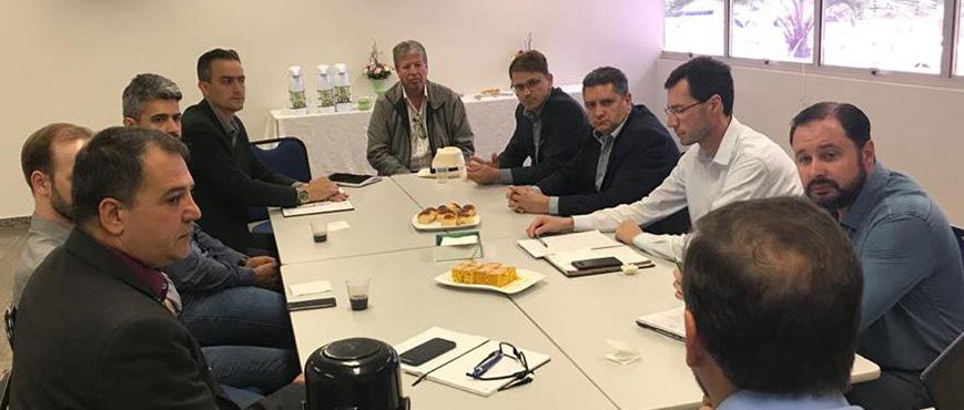Entidades discutem implantação da Redesim em Cascavel