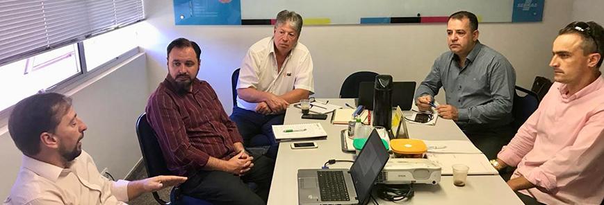 Lideranças analisam implantação da Redesim em Cascavel