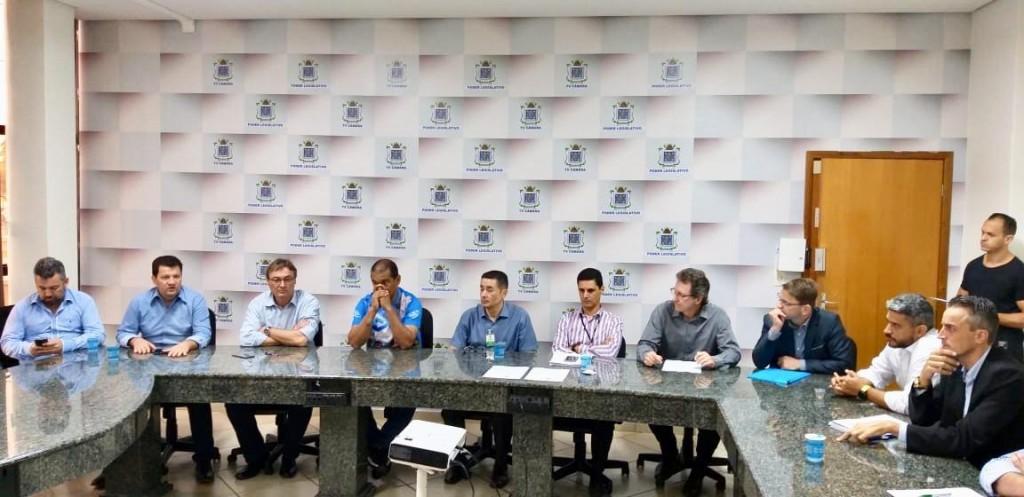 ISS: Profissionais contábeis esclarecem dúvidas de parlamentares em Cascavel