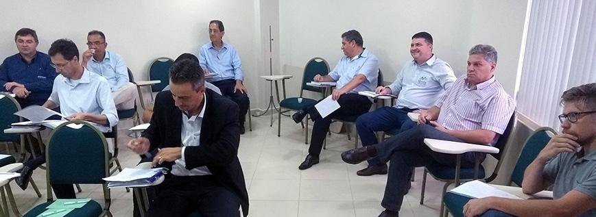 Grupo de Estudos do SESCAP-PR se reúne em Cascavel