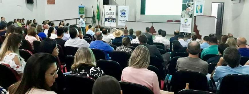 Diretor do SESCAP-PR participa de encontro da Escola de Governo em Cascavel