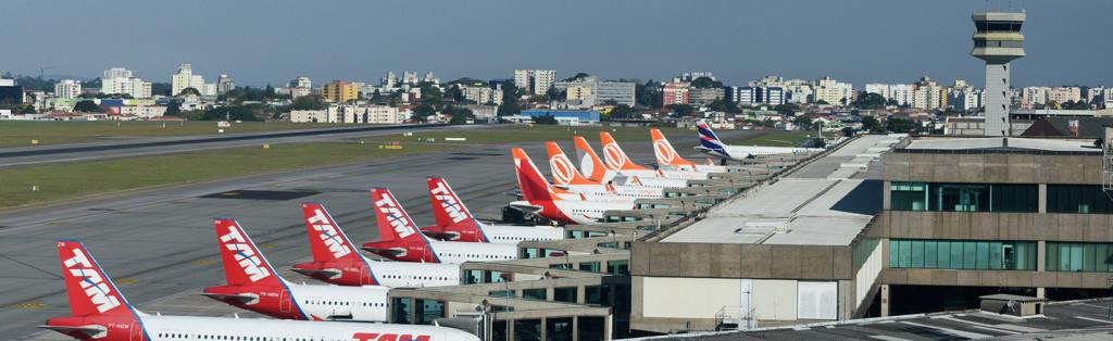 Quatro aeroportos paranaenses serão leiloados hoje